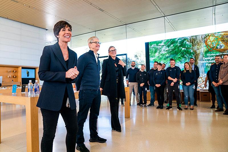 Deirdre O'Brien Benoemd Tot Senior Vice President Van Apple Retail + People